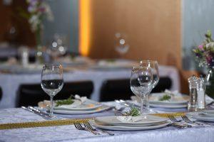 חתונה בשאטו אילת - עריכת שולחן